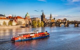 Schoolreis Tsjechie - de Karlsbrucke in Praag