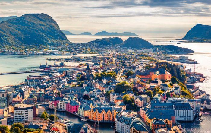 Davidsfonds Cultuurreizen - Rondreizen Wereld - Hurtigrutencruise