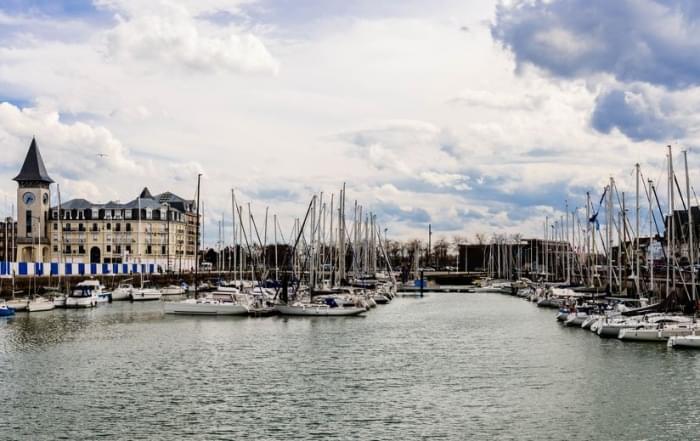 Normandië, de ideale combinatie tussen bezienswaardigheden en Franse delicatessen - Port of Deauville