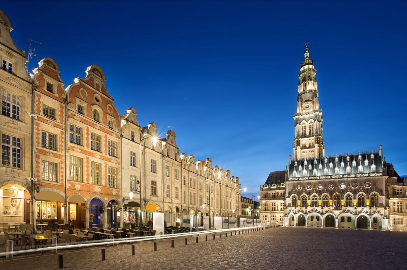 Met E. & D. De Maesschalck naar Roubaix, Rijsel en Arras - Arras Grote Markt
