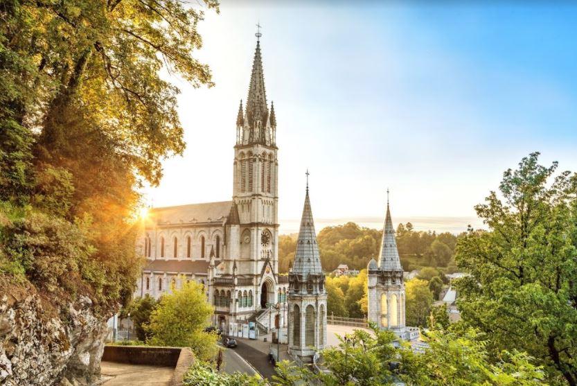 2 dagen naar Lourdes per vliegtuig
