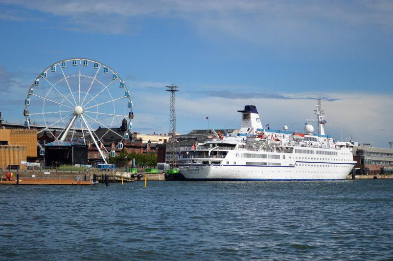 Cruise naar de Baltische Staten - MS Berlin buitenzicht - Helsinki