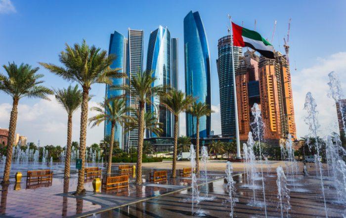 6-daagse Abu Dhabi met toegang Grand Prix Formule 1 - Wolkenkrabbers in Abu Dhabi