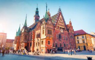 Rondreis Polen - Het middeleeuwse marktplein met gotisch stadhuis in Wroclaw