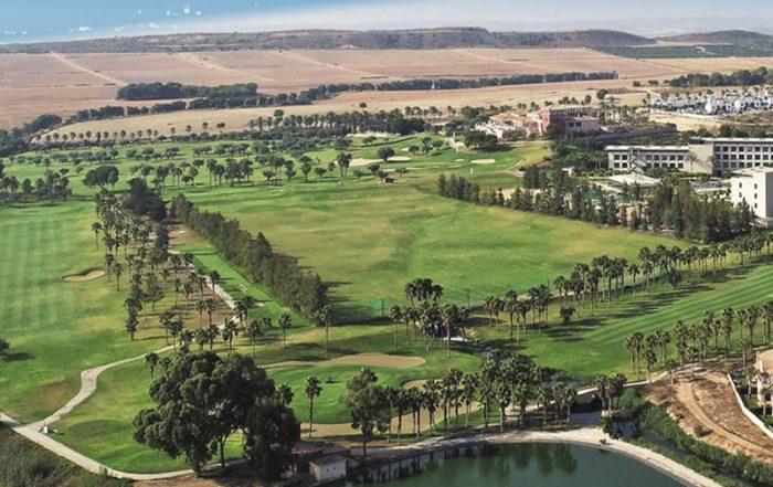 Golf in 5-sterrenluxe aan de Costa Blanca - Zicht op de golfterreinen
