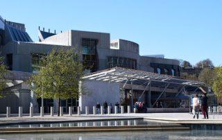 Edinburgh, de favoriete bestemming van collega Aart - Street view - Parliament