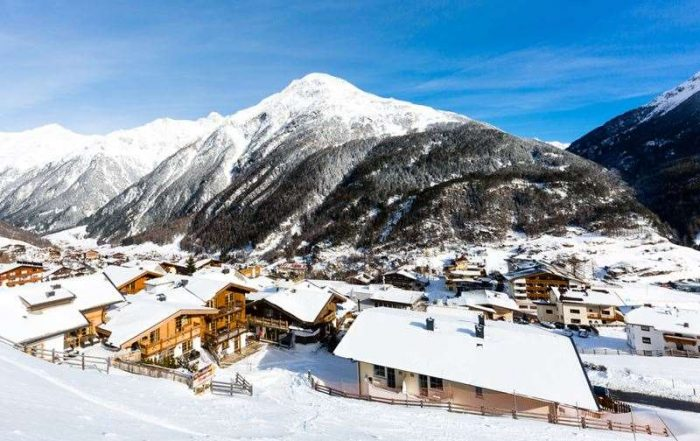 Ski James Bond achterna in het Oostenrijkse Sölden - Zicht over Sölden