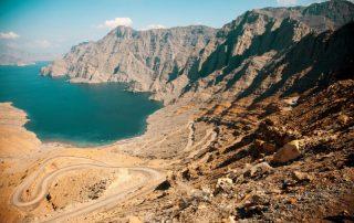 Fly en Cruise van Dubai naar Abu Dhabi en Oman - fjord in Musandam - Oman