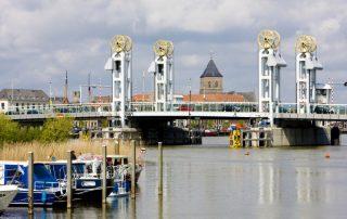 Riviercruise op de kanalen en rivieren van Nederland - Kampen - Nederland