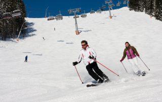 Shortski in het Oostenrijkse Igls - skiën