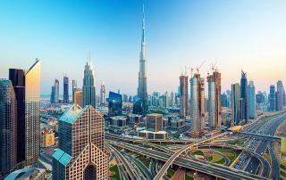 Fly en Cruise van Dubai naar Abu Dhabi en Oman - Dubai skyline