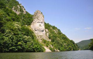 Riviercruise op de Donau, van München tot aan de Zwarte Zee - De Ijzeren Poort - Uitgehouwen hoofd van Decebalus - Servië