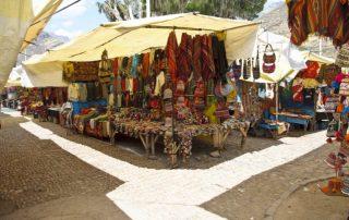 Rondreis Peru - Tradtitionele markt van Pisac