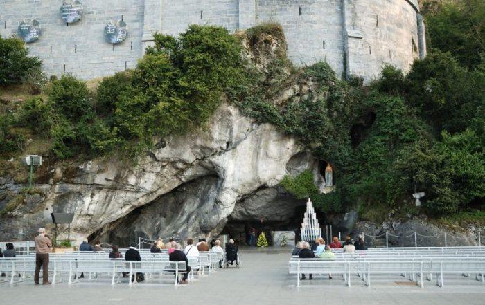 2-daagse vliegtuigreis naar Lourdes