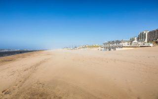Uitwaaien aan de Nederlandse Kust - strand