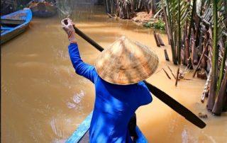 De Mekong, riviercruise van Vietnam naar Cambodja - local op rivier