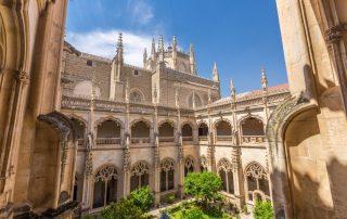 Bruisende citytrip Madrid en Toledo - klooster van San Juan de los Reyes - Toledo