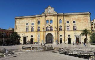 Rondreis Puglia met culturele stop in Matera - Piazza Vittorio Veneto - Matera