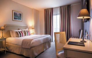 Charmant logeren aan de Normandische kust - Best Western Plus Hostellerie du Vallon - kamer