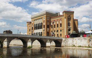 Het voormalige Joegoslavië - Bibliotheek sarajevo