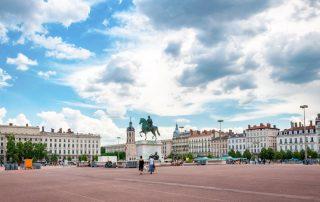 3-daagse Lyon - De hoofdstad van de gastronomie - Place Bellecour met beeld van Lodewijk XIV te paard