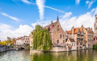De Belgische Kust - pano van de stad - Brugge