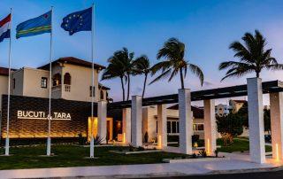 Winterzon op Aruba - Bucuti en Tara Beach Resorts - inkom - foto van TravelWorld