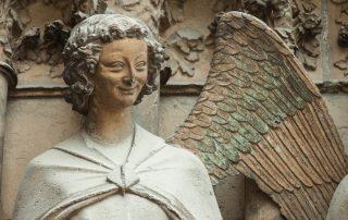3-daagse Reims - Citytrippen in de Champagnestreek - Engel op de Kathedraal van Reims