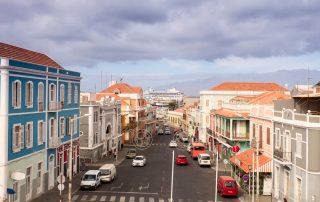 Wandelvakantie Kaapverdië - straat in Mindelo
