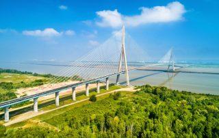 Schilderachtig Honfleur - Pont de Normandie