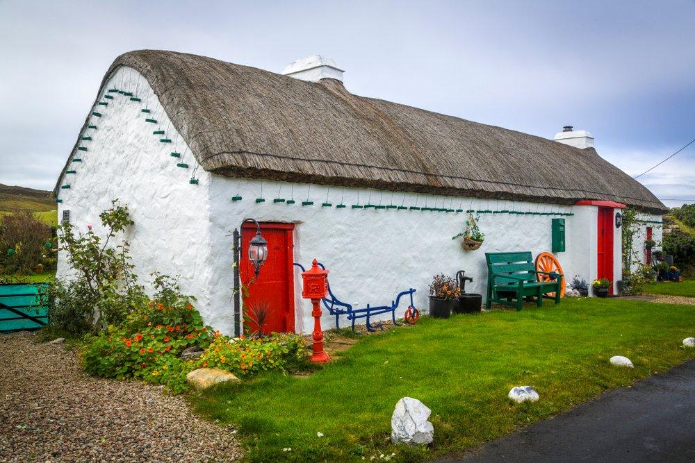 Rondreis Ierland langs de Atlantische Kust - typisch Iers huis - Malin Head - Donegal
