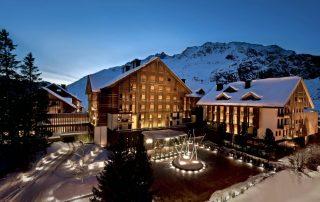 Zwitserland - The Chedi Andermatt - exterieur winter